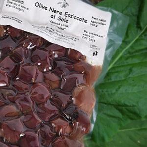 olive nere essicate al sole