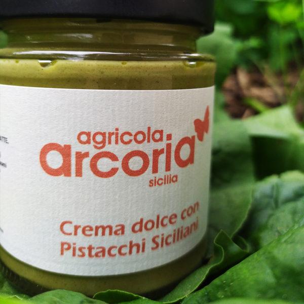 crema dolce con pistacchi siciliani